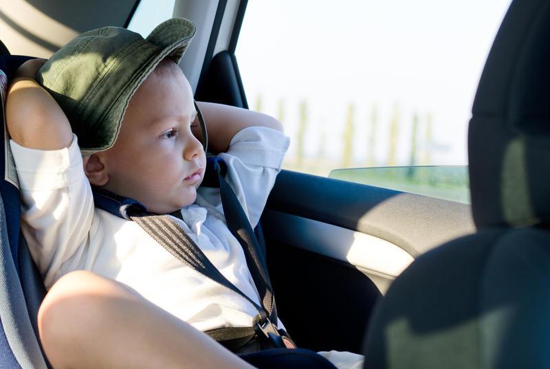 Чем развлечь ребенка в машине