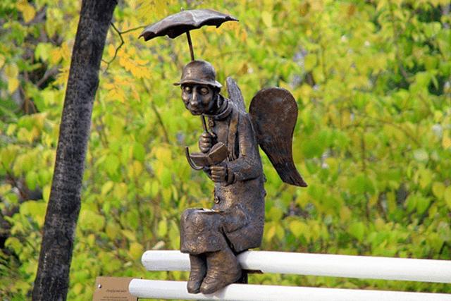 Памятник «Петербургский ангел»  в Санкт-Петербурге